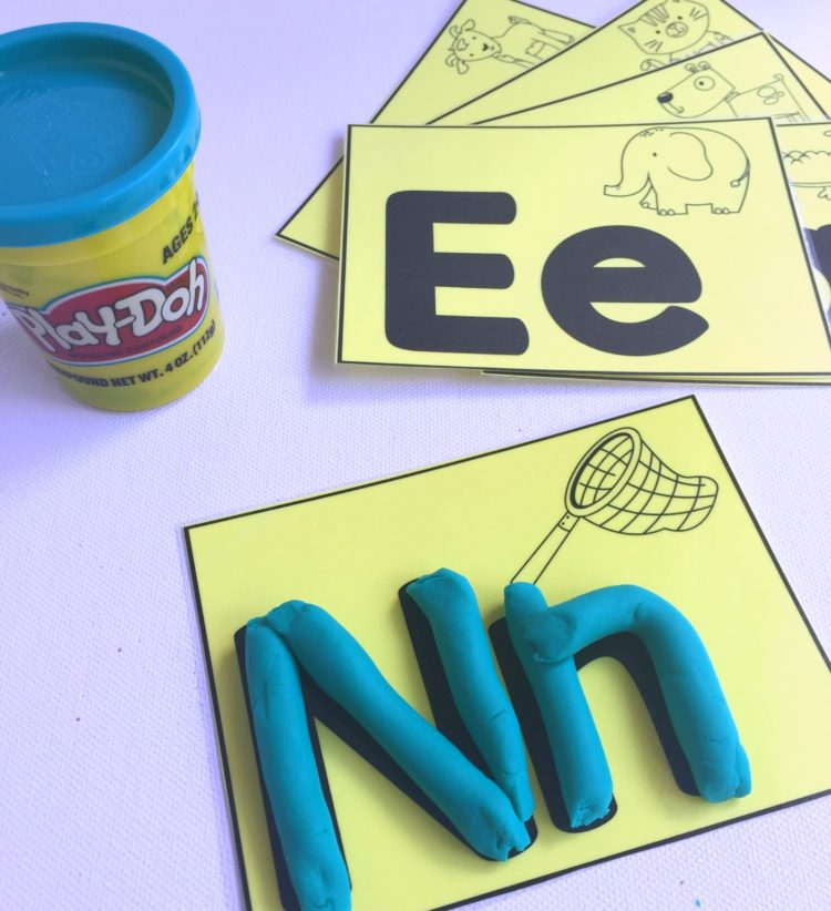 These free, printable play-doh mats will be a great addition to your fine motor take home kit.