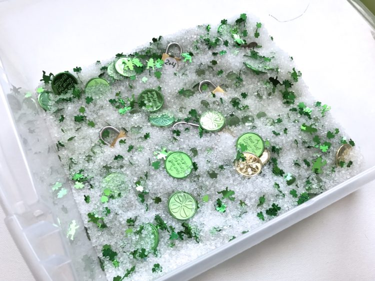 St. Patricks/March Fine Motor Morning Work Stations - Sensory Bin Lock and Keys